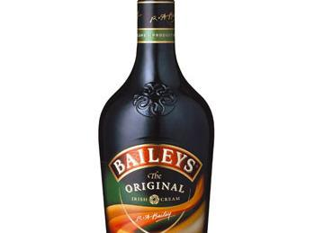 prepare the filling lightly whip the cream cheese, then beat in the baileys and...