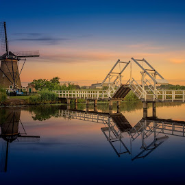 Typical Dutch by Rémon Lourier - City,  Street & Park  Historic Districts