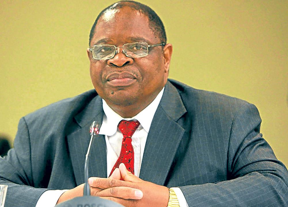 Die name van joernaliste wat beskuldig word van omkoopgeld, moet onthul word: Sanef - SowetanLIVE