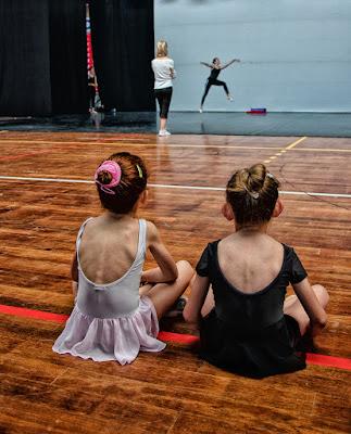 a lezione di danza di Zerosedici