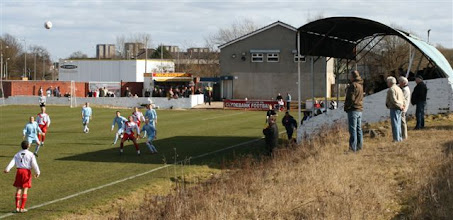 Photo: 20/03/10 v Hill of Beath Hawthorn (Scottish Junior Cup Q-F) 2-1 contributed by Mike Latham