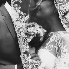 Wedding photographer Mikhail Lezhnev (mihail96). Photo of 01.08.2015