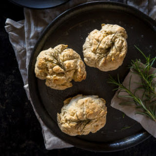 Mini Australian Damper Recipe with Rosemary.