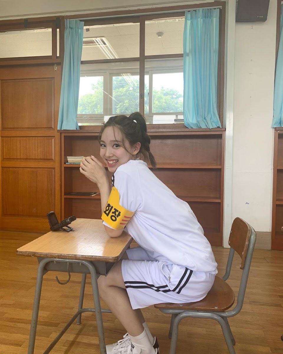 nayeon new ttt