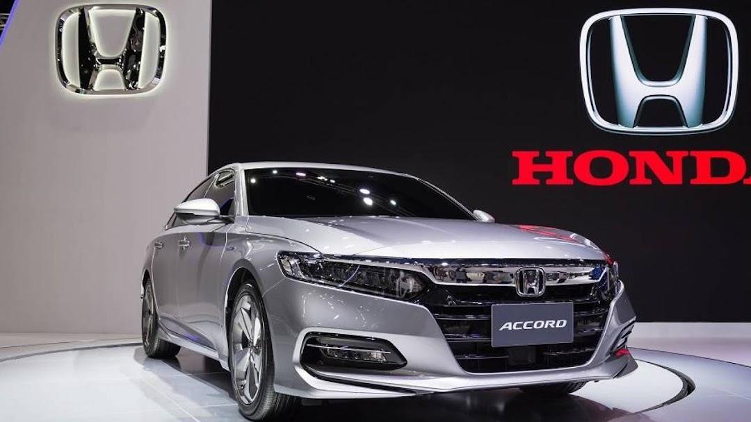 هوندا فرع جيزان Honda Accord Civic تم نقل فرع هوندا شركة عبدالله هاشم المحدودة للجهة المقابلة نيسان سابقا ولله الحمد نتشرف بخدمتكم مكتب الشركات في جازان