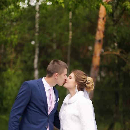Wedding photographer Ekaterina Sabat (katyasabat). Photo of 05.06.2017