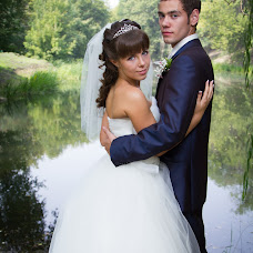 Wedding photographer Yuliya Grushina (Julgrushina). Photo of 11.03.2014