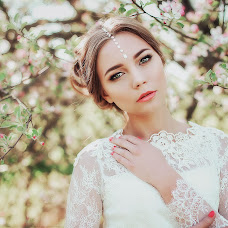 Wedding photographer Alena Komarova (AlenaKomarova). Photo of 14.05.2016