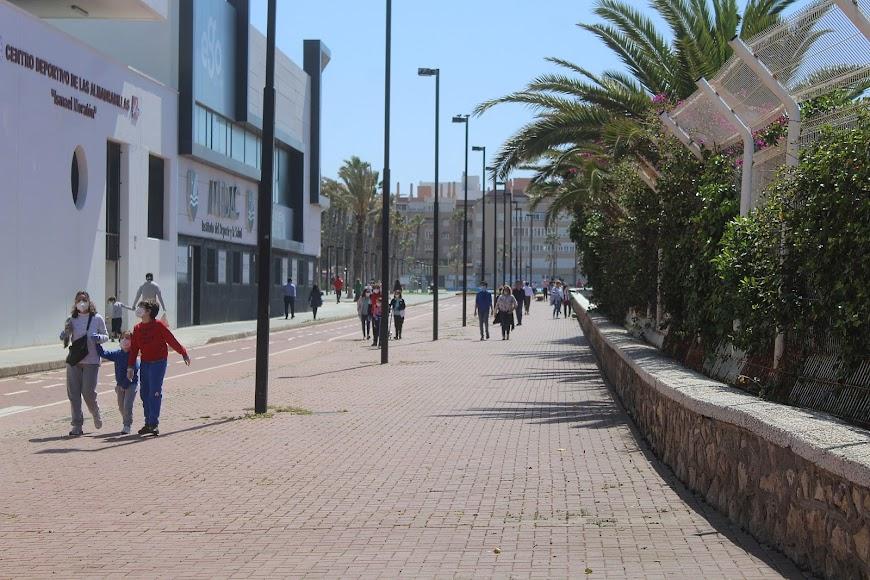 Inicio del Paseo Marítimo de Almería.