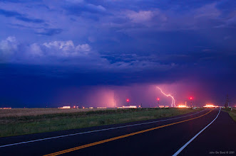 Photo: Captured last night out by Denver International Airport :)