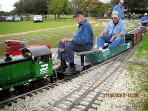 Photo: Bob Hornsyb with Ken Smith's loco.      HALS / SWLS 2013-1109  DH3