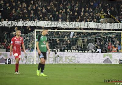 """Fans Cercle komen terug op 'vlagrelletje' met duidelijk spandoek: """"Vriendjespolitiek moet eruit"""""""
