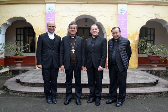 Phái đoàn Bộ Ngoại Giao của Tòa Thánh thăm Giáo phận Phát Diệm - Ảnh minh hoạ 7