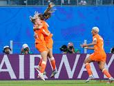 De jacht gaat verder: Lieke Martens en omstreden strafschop brengen Leeuwinnen naar kwartfinales
