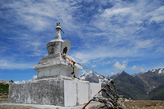 Photo: stupa prop del Rohtang la