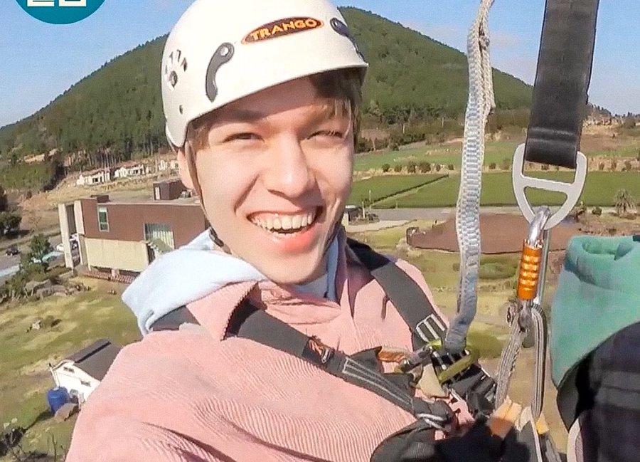 vernon_paragliding2