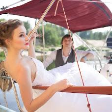 Wedding photographer Svetlana Korzhovskaya (Silana). Photo of 09.07.2015