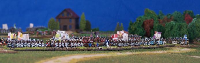 Photo: Il campo di battaglia visto da Quebec. Miniature Baccus, materiale scenico TimeCast e autocostruito.