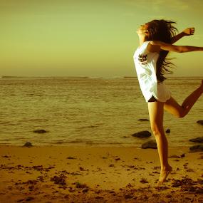 Jump by Purnawan  Hadi - People Portraits of Women ( bali, indonesia, asia, beach, hadi, purnawan, asian girl, jump )