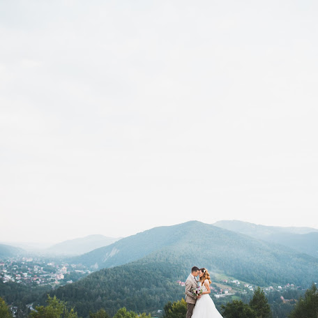 Wedding photographer Tetyana Zayac (Zajkata). Photo of 08.02.2018