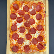 "Kids Pepperoni Pizza 13"" 8 slices"
