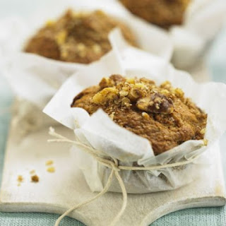 Almond and Wholemeal Flour Cakes.