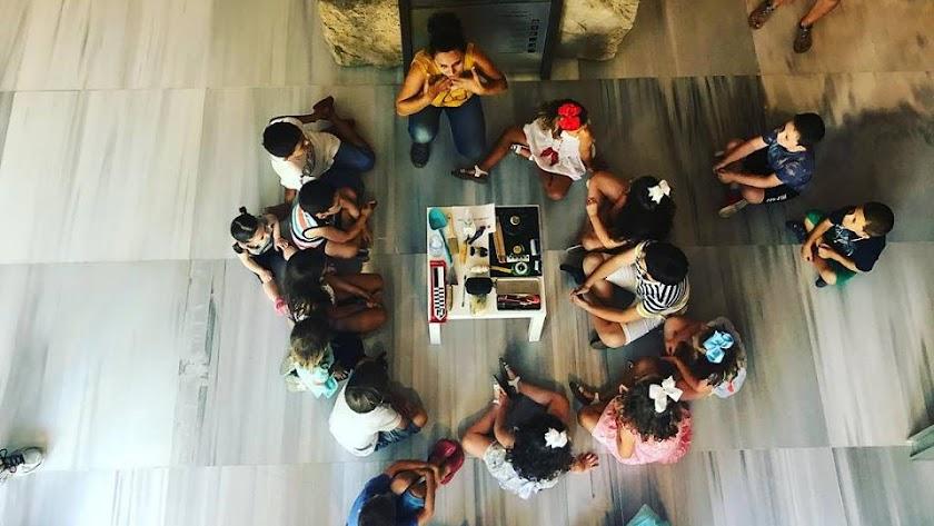 El Museo de Almería organiza numerosas actividades para público familiar.