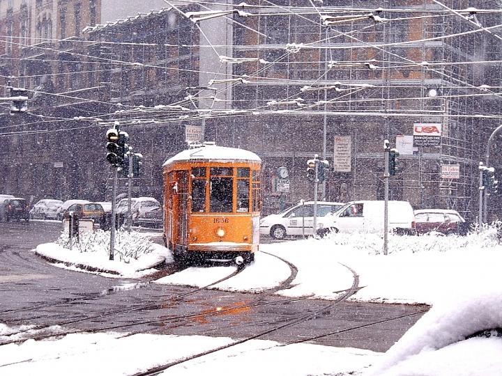 Tram sotto la neve di Simone De Barba