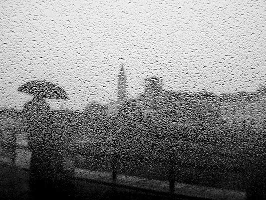 sotto la pioggia di elisabetta_de_carli