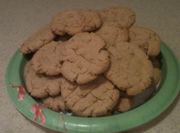 Grandma Mccarver's Peanut Butter Crisscrosses