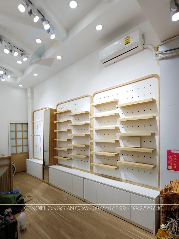 thi công nội thất shop giày