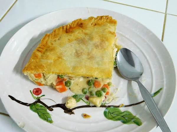 Really Quick And Easy Chicken Pot Pie /makes 2 Pies.