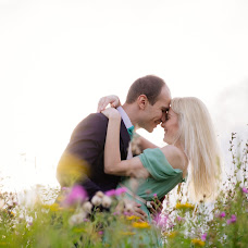 Wedding photographer Ekaterina Maksimova (maksimova). Photo of 12.07.2016