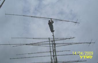 Photo: YU7AA antenski sistem - popravka nakon nevremena.