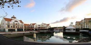 Gulf Harbour Lodge