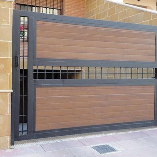 Modern Garage Door Model
