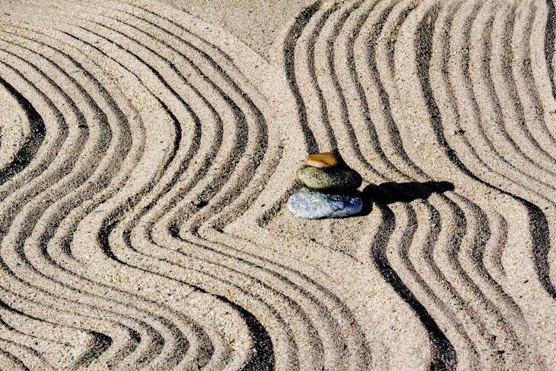 Giochi sulla sabbia di Naldina Fornasari