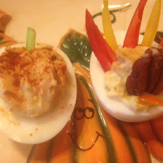 Thanksgiving Deviled Eggs * Turkey & Pumpkins * Curry & Smoked Paprika *