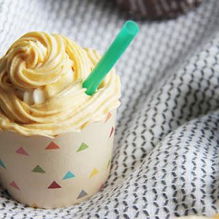Pumpkin Spice Latte Cupcakes #OXO.