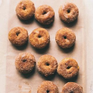 Baked Pumpkin Cinnamon Sugar Donuts
