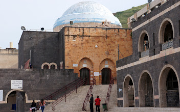 Photo: Tomb of Meir Ba'al ha-Ness, Tiberius