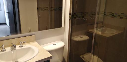 Apartamento en Arriendo - Bogota, Pinos De Lombardia 642-4753
