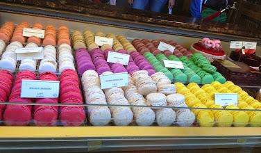 Photo: Macarons! Yummm!