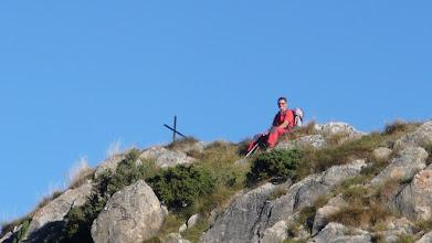 Photo: Solitaire cerca de la cruz