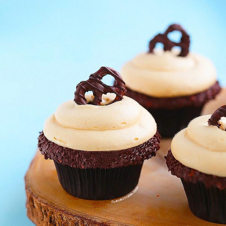 Peanut Butter Lava Fudge Cupcakes Recipe