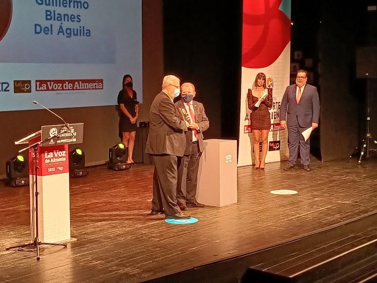 Premio Gente para Guillermo Blanes.