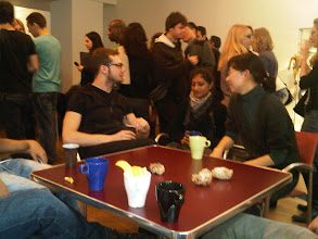 Photo: Schmoozing at Kaffepause in Berlin Goethe-Institut