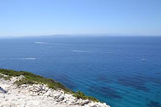 Photo: vzadu už brehy Sardínie
