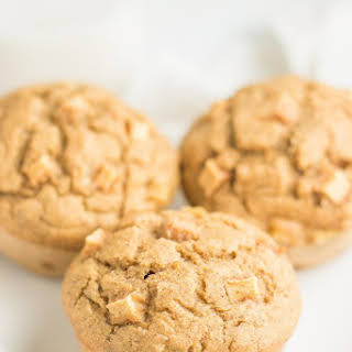 Healthy Cinnamon Apple Banana Muffins.