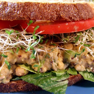 Chickpea 'Tuna' Salad Sandwich [V, GF]